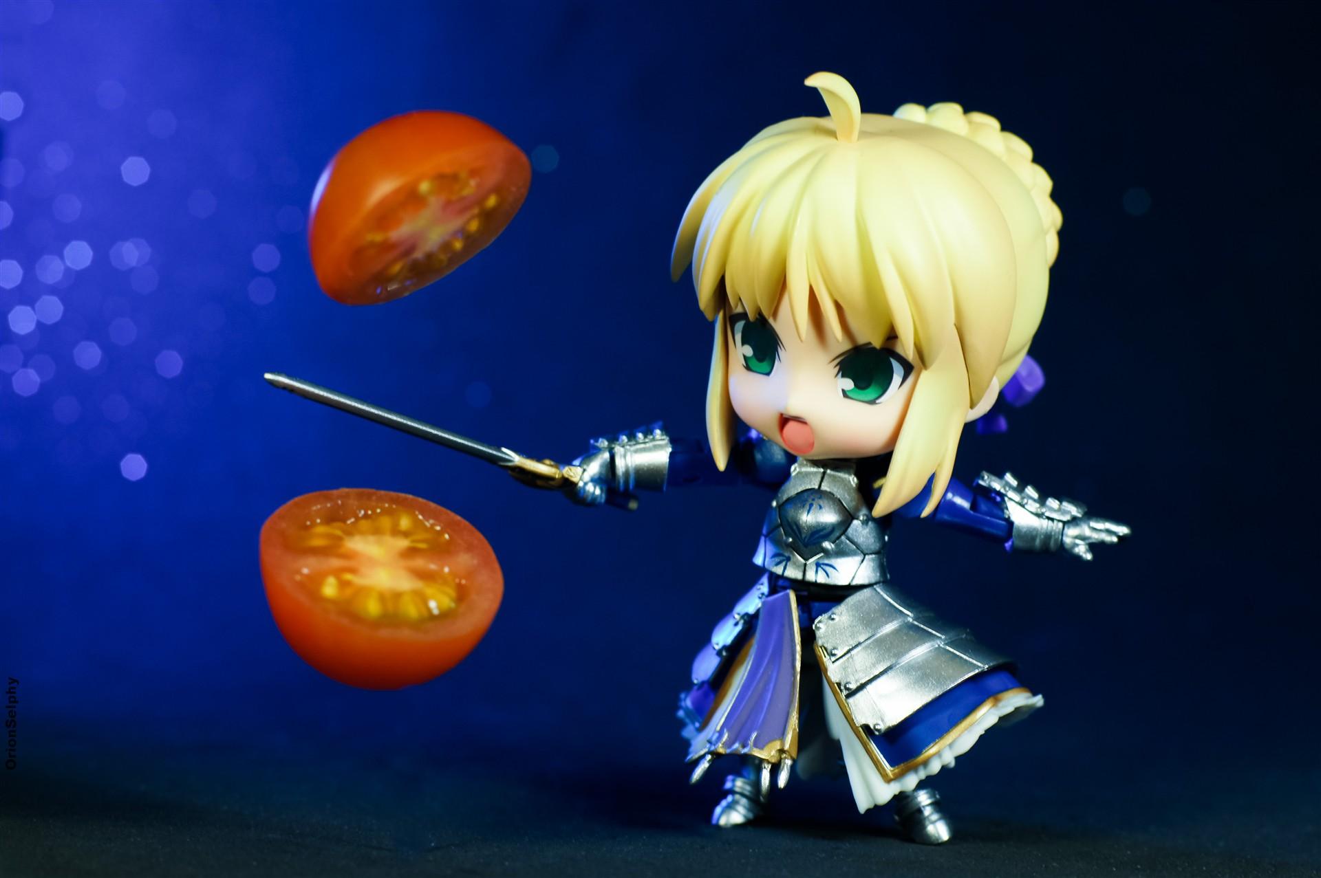 blond_hair super nendoroid sword movable saber night stay bokeh jfigure excaliburb tomato cut slash