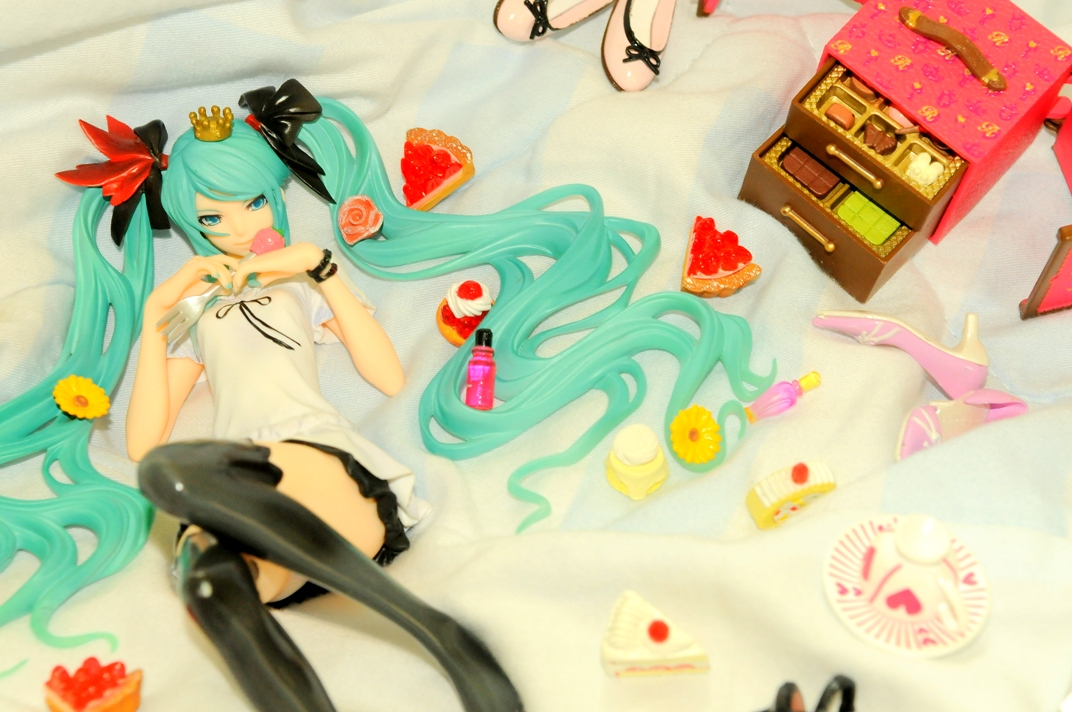 vocaloid cup heart smile bottle hearts cake chocolate shoe world is mine good_smile_company company supercell wim re ment plate