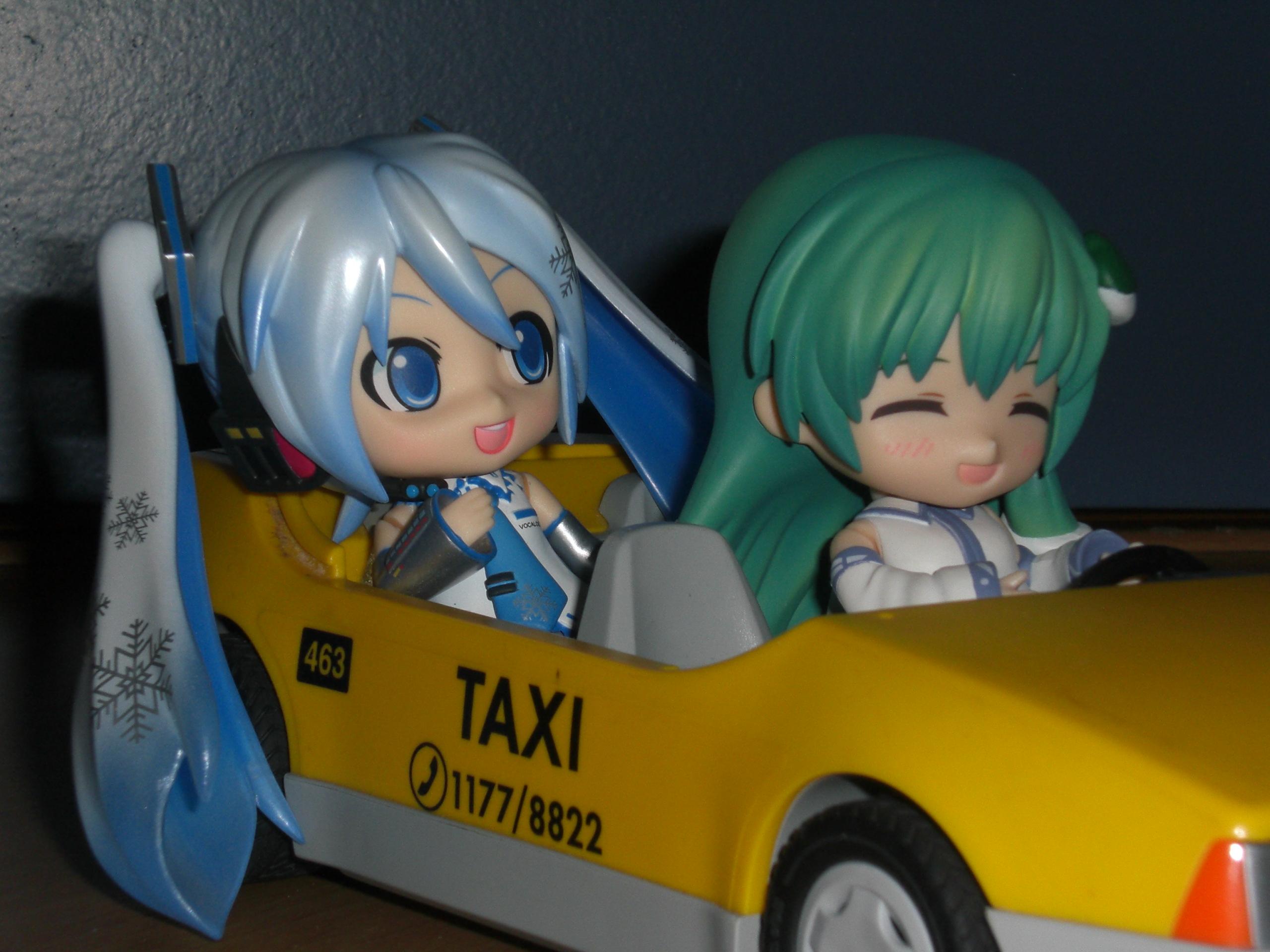 snow sanae taxi