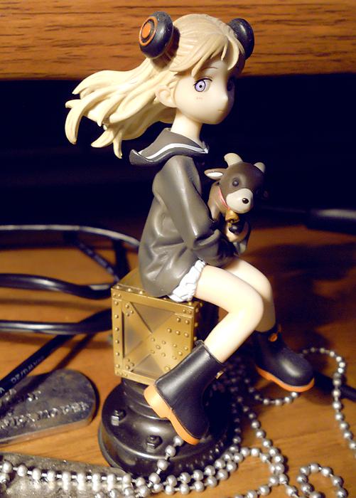 blond_hair loli girl steampunk sitting_pose drawers sailor_collar wires alter last_exile windblown_hair alvis_hamilton alvis