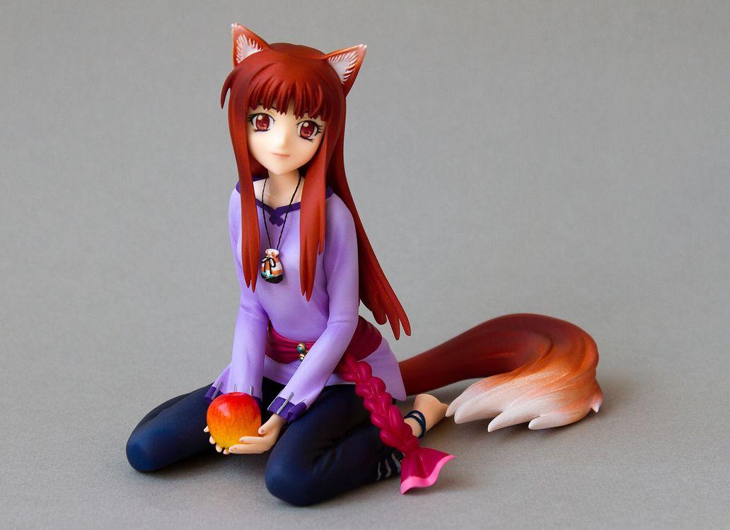 resin horo spice_and_wolf wolf_ears apple long_hair holo ookami_to_koushinryou tsuru_no_yakata