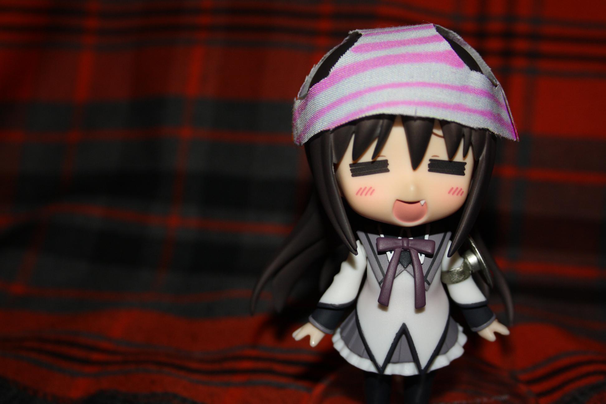 hat striped_panties panties pink_panties nendoroid good_smile_company kousaka_kirino ore_no_imouto_ga_konna_ni_kawaii_wake_ga_nai nendoron udono_kazuyoshi katou_gaku mahou_shoujo_madoka★magica akemi_homura