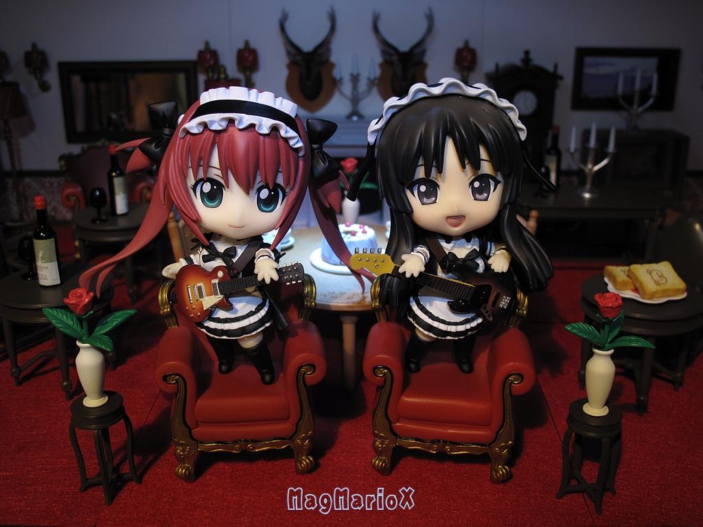 nendoroid queen's_blade freeing k-on! good_smile_company akiyama_mio airi nendoron ageta_yukiwo