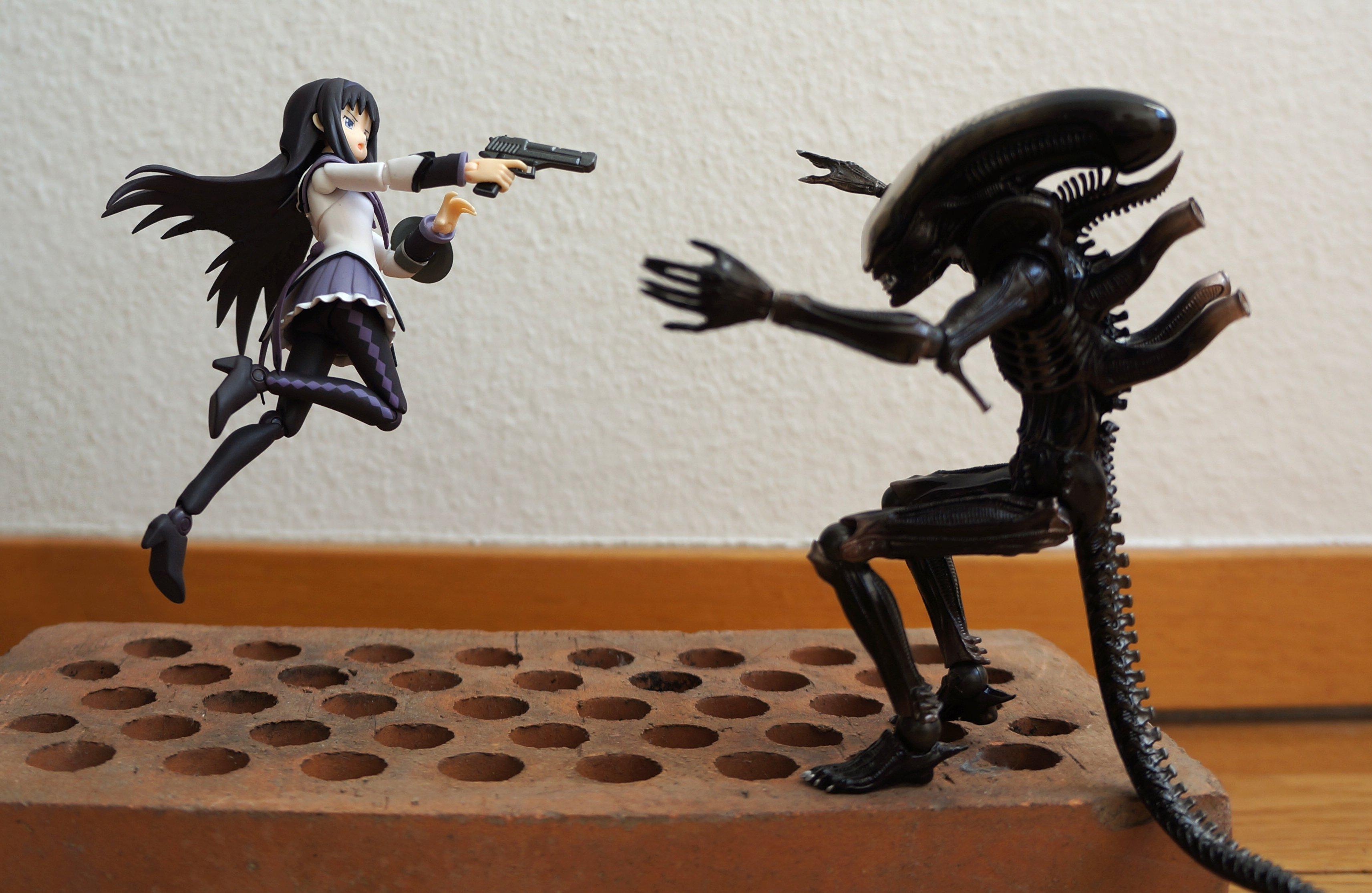 figma revoltech alien kaiyodo max_factory yatake_yoshinori asai_(apsy)_masaki revoltech_sfx mahou_shoujo_madoka★magica akemi_homura