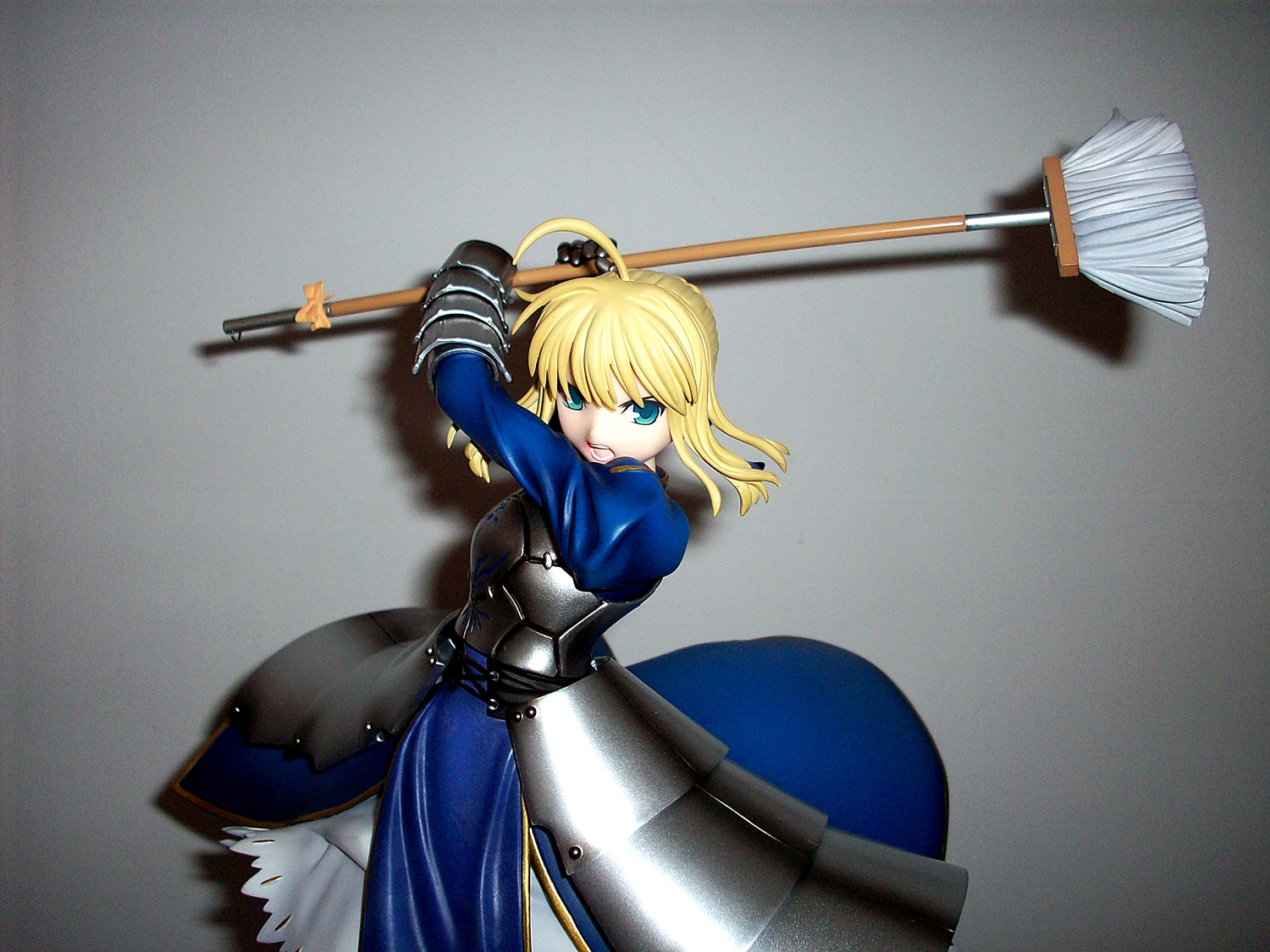 blond_hair kotobukiya blue_dress armour green_eyes saber funny type_moon good_smile_company fate/stay_night to_heart_2 tokunaga_hironori kawahara_takayuki final_dragon_chronicle_-guilty_requiem- hmx-17c_silfa