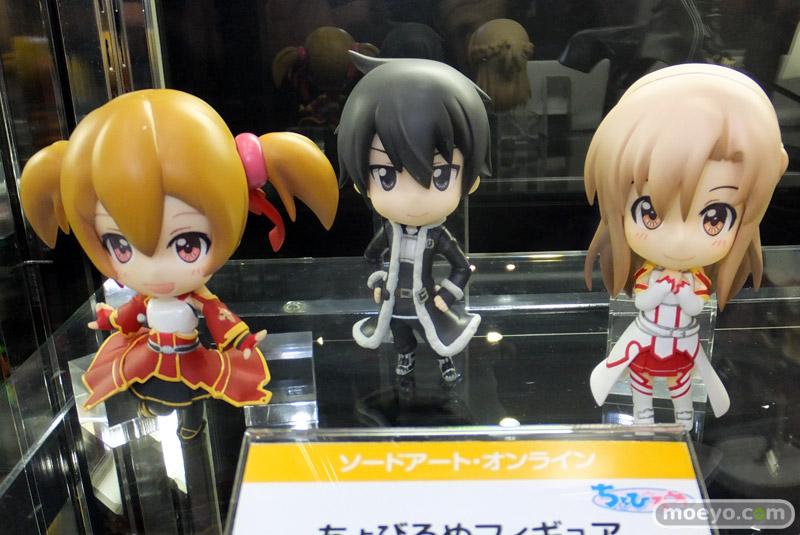 asuna ascii_media_works furyu sword_art_online silica kawahara_reki kirito