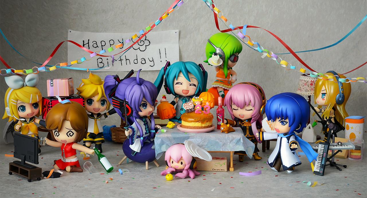 vocaloid nendoroid megurine_luka kaito hatsune_miku good_smile_company kagamine_len meiko re-ment kagamine_rin lily miniature kei phat_company nendoron ageta_yukiwo crypton_future_media rilakkuma gumi kamui_gakupo itandi cheerful_japan! internet_co_ltd. shichibee rilakkuma_birthday_cake ekinaka_sweets