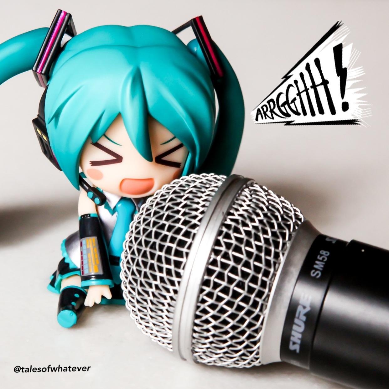 vocaloid sega nendoroid hatsune_miku good_smile_company nendoron katou_gaku crypton_future_media project_mirai shure_microphone