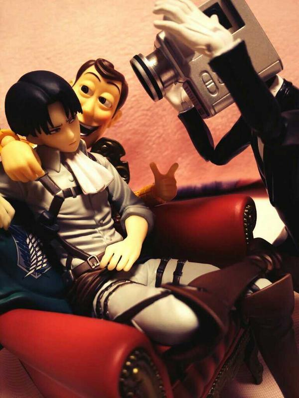 revoltech pixar kaiyodo banpresto bandai ichiban_kuji woody toy_story s.h.figuarts matsumoto_eiichiro revoltech_sfx shingeki_no_kyojin levi no_more_eiga_dorobou camera_otoko ichiban_kuji_shingeki_no_kyojin_~_tobe!_chousa_heidan!!_~