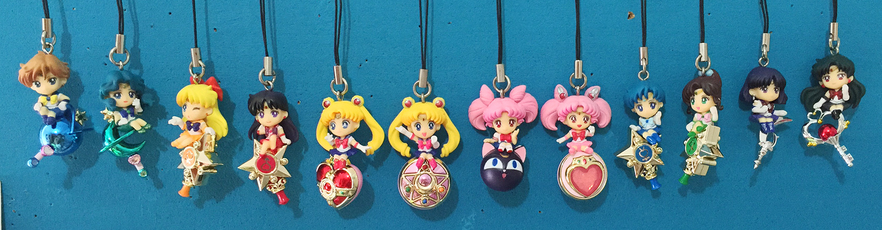 sailor_moon charm sailor_uranus sailor_neptune sailor_mars bandai sailor_venus chibiusa sailor_pluto sailor_mercury sailor_jupiter bishoujo_senshi_sailor_moon toei_animation takeuchi_naoko sailor_chibimoon sailor_saturn luna-p candy_toy bishoujo_senshi_sailor_moon_s twinkle_dolly_sailor_moon twinkle_dolly_sailor_moon_2