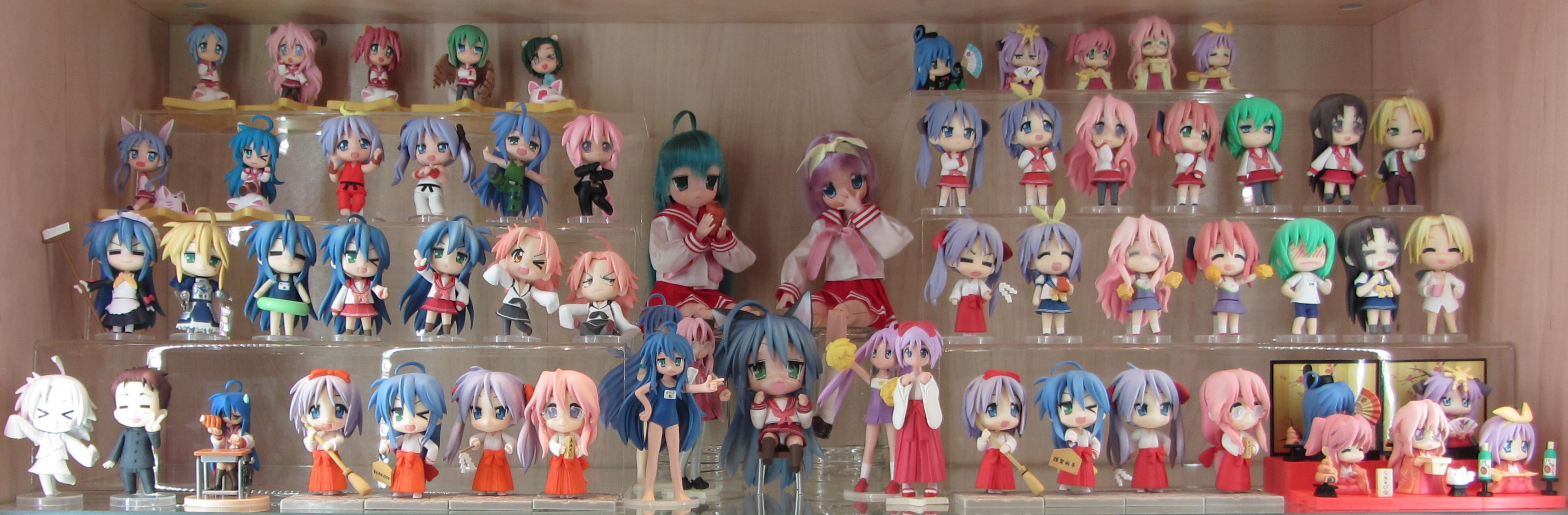 https://static.myfigurecollection.net/upload/pictures/2016/01/20/1458039.jpeg