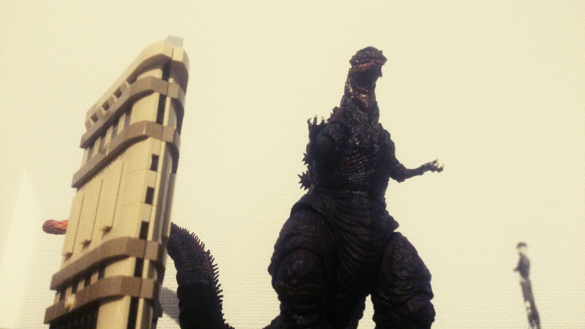 bandai toho gojira s.h.monsterarts anno_hideaki shin_gojira