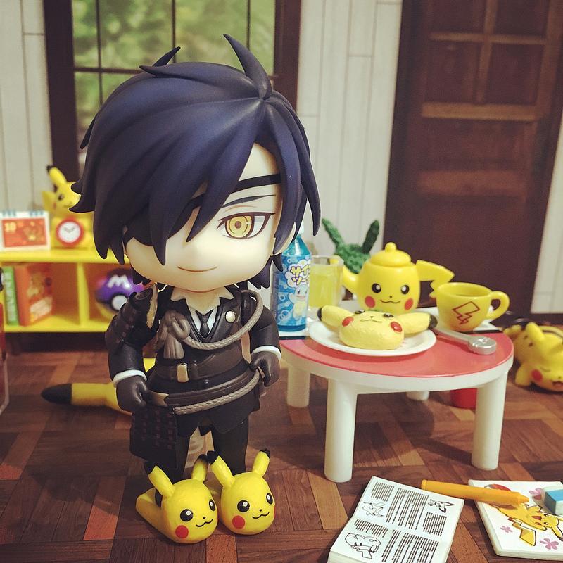 nintendo pikachu nendoroid pocket_monsters re-ment nendoron candy_toy game_freak creatures_inc. shokudaikiri_mitsutada touken_ranbu_-_online katanashi orange_rouge welcome_to_pikachu_room!