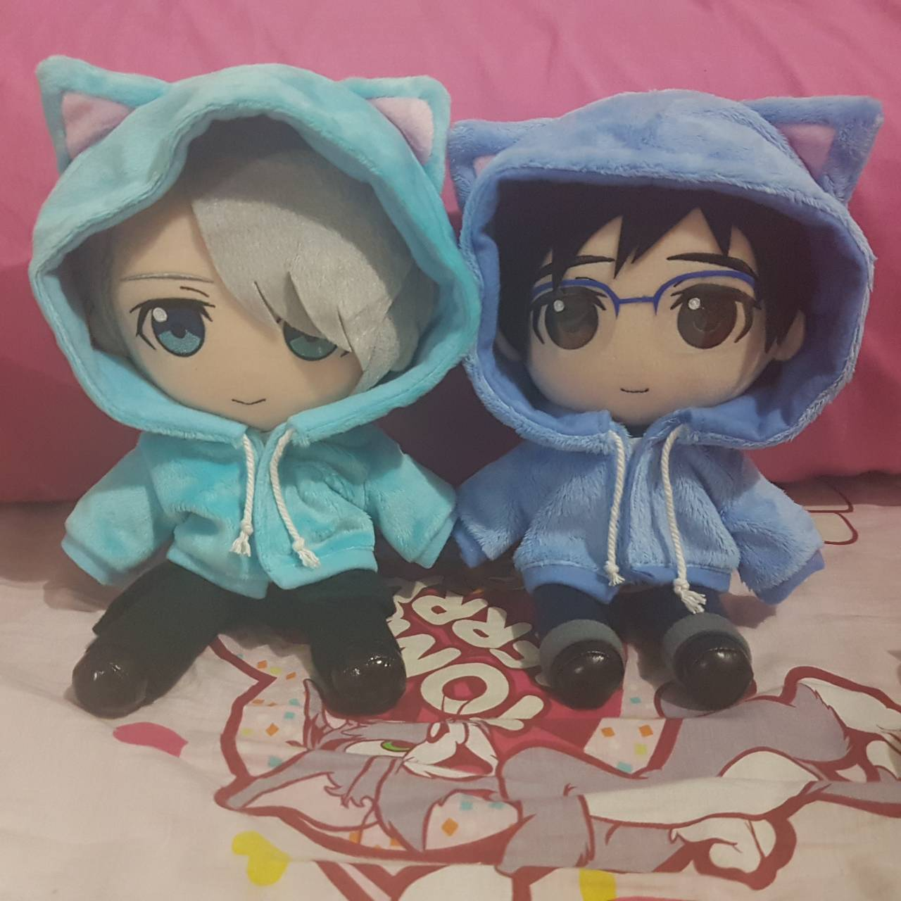 gift yuri!!!_on_ice katsuki_yuuri victor_nikiforov