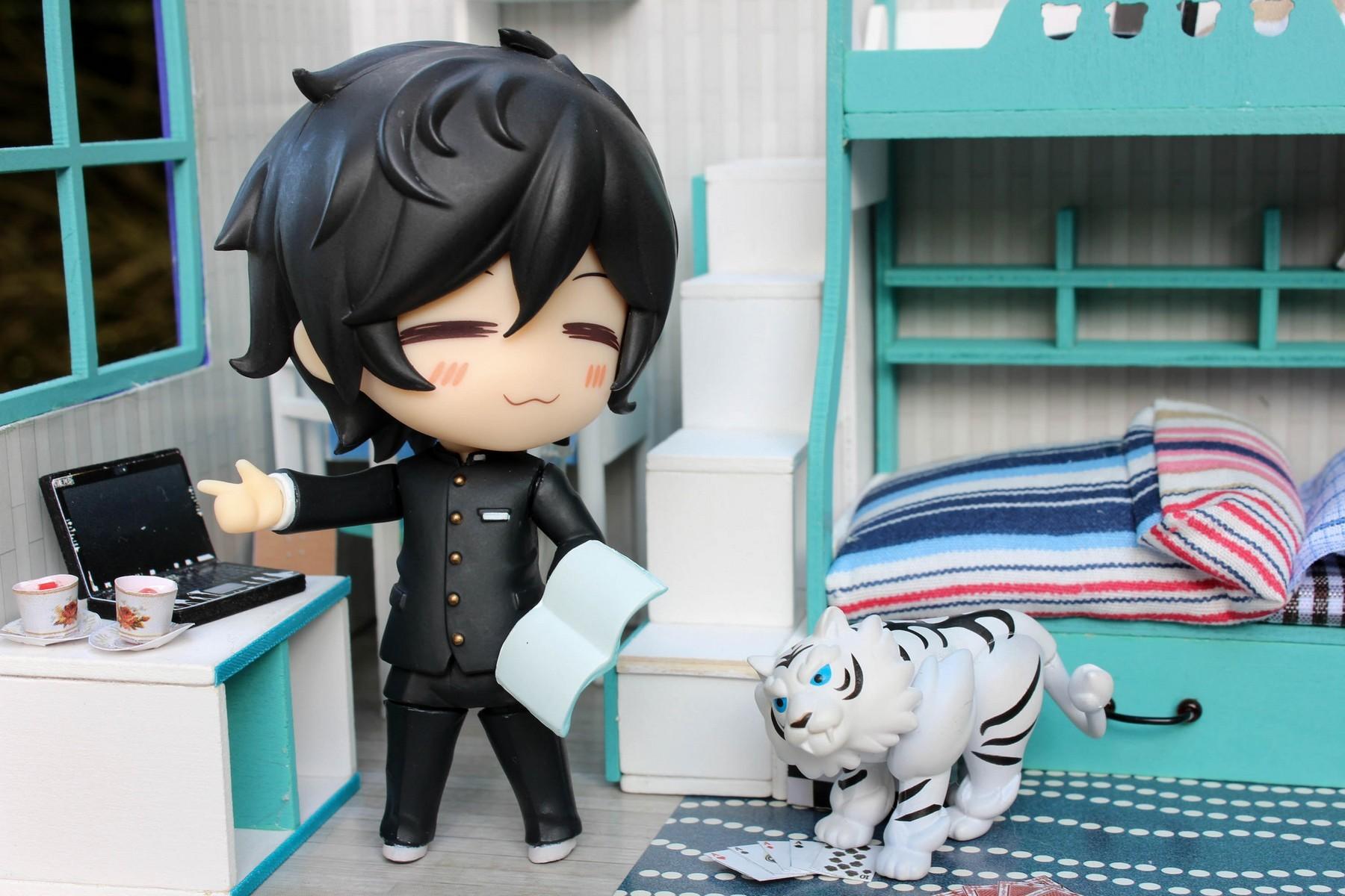 nendoroid good_smile_company nitroplus nendoron tomytec ushio_to_tora aotsuki_ushio shichibee hata_kenjirou devil_survivor_2_the_animation kuze_hibiki byakko sasaki_kai fujita_kazuhiro dmm.com mikazuki_munechika touken_ranbu_-_online katanashi arai_takahiro ichinose_futaba sore_ga_seiyuu! ikinone_korori miura_yuuichi furo_takuto