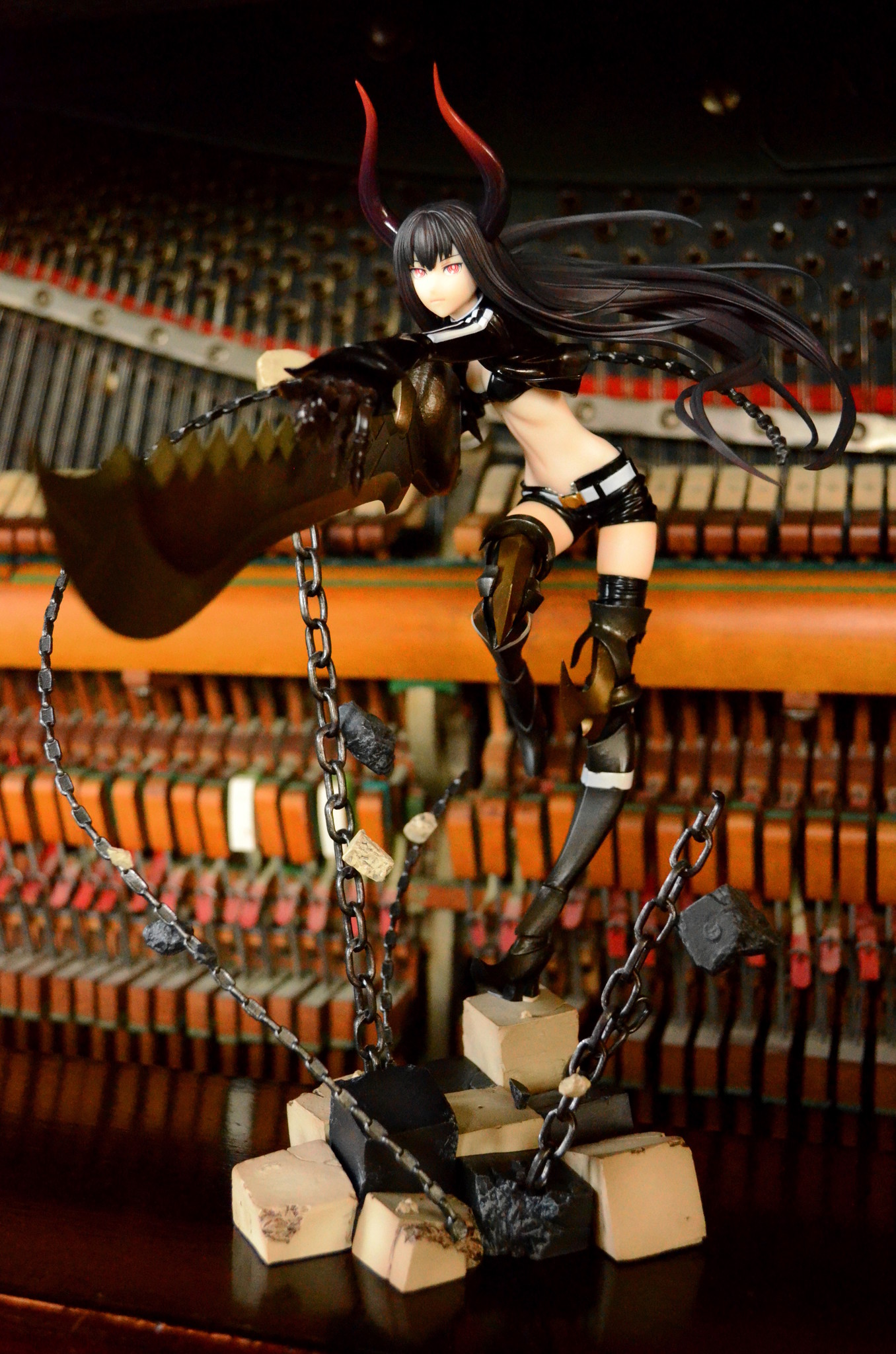 huke good_smile_company black_★_rock_shooter kawanishi_ken black_★_gold_saw