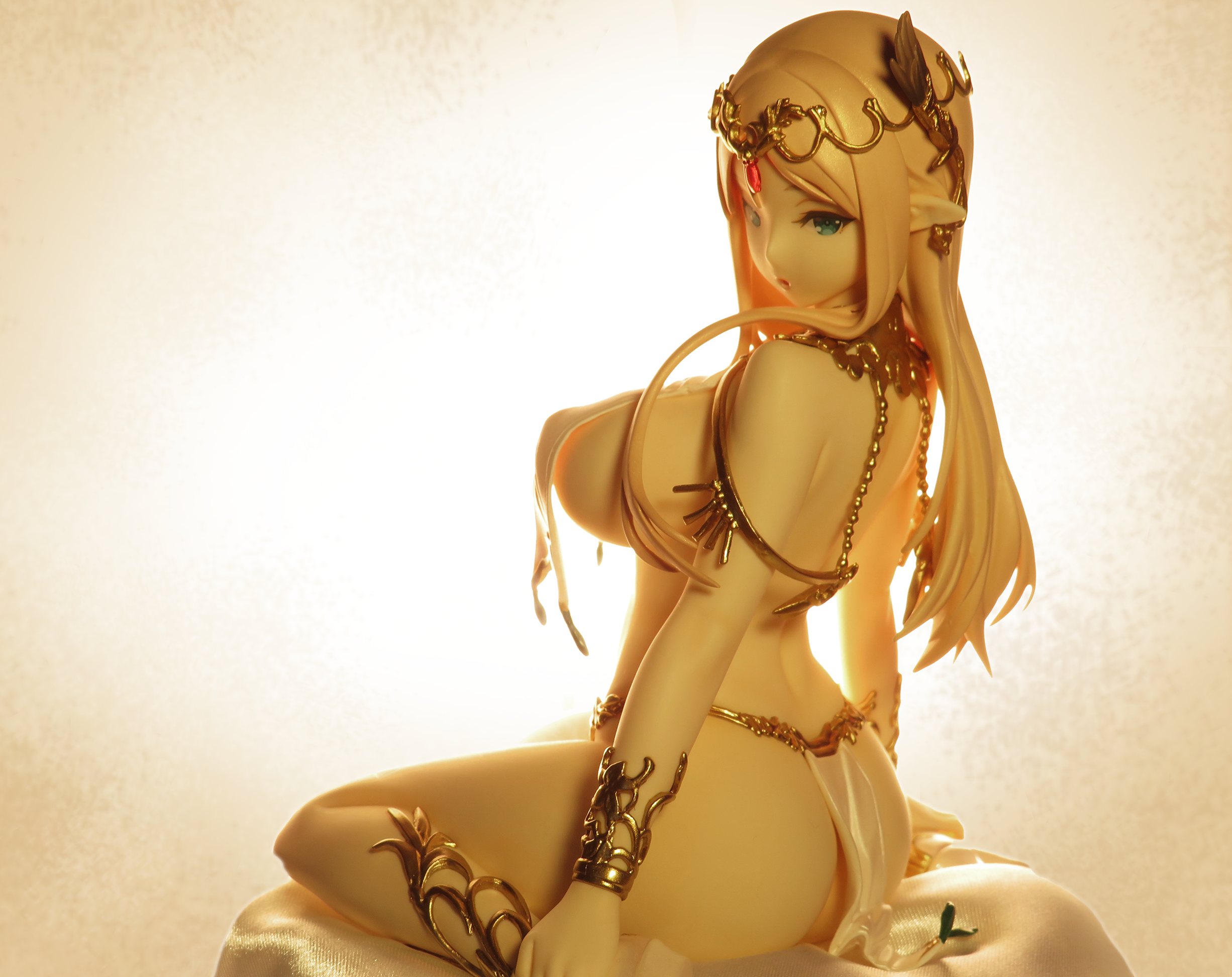 https://static.myfigurecollection.net/upload/pictures/2020/10/09/2537223.png