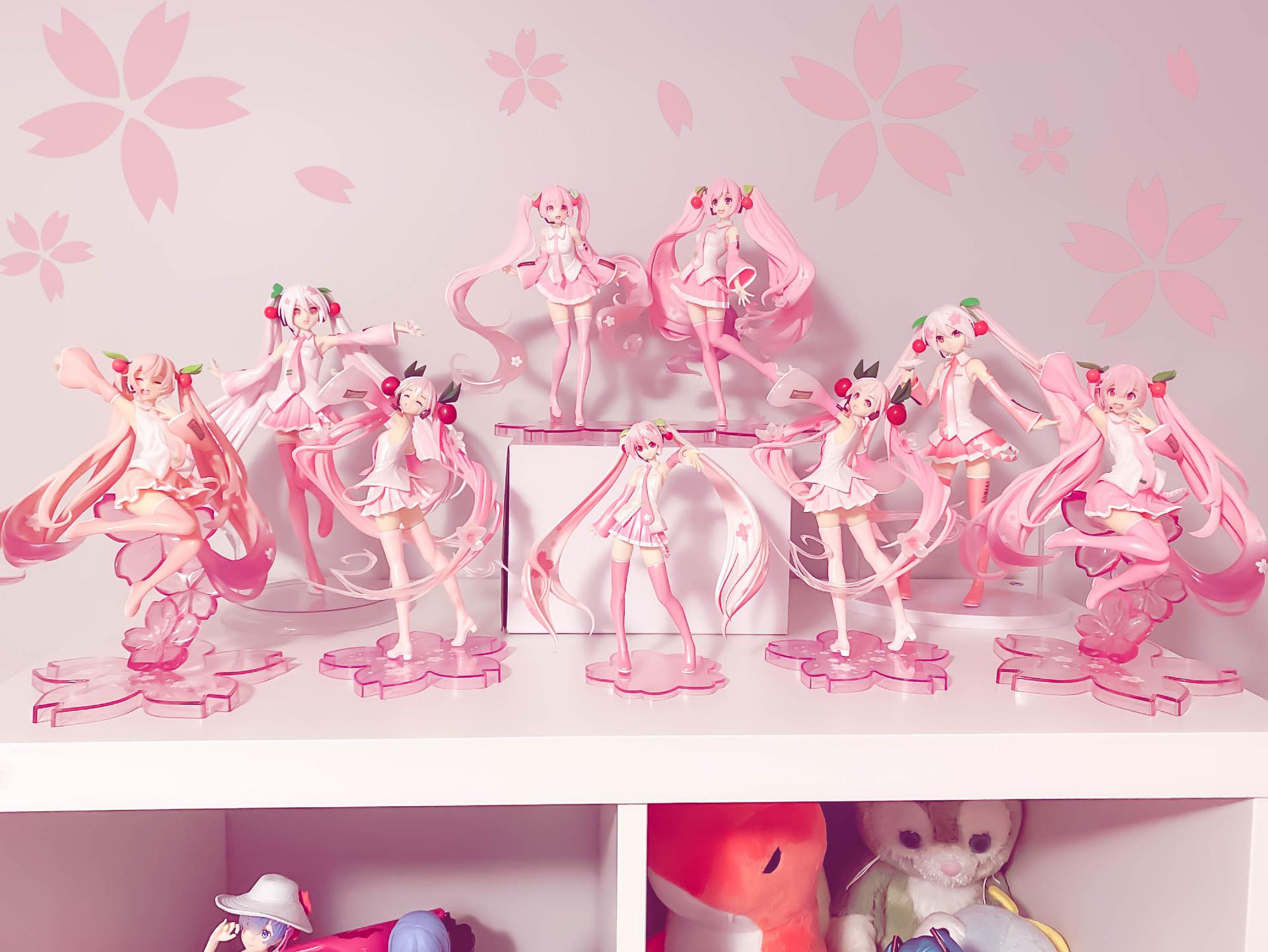 Sakura Miku Collection <3